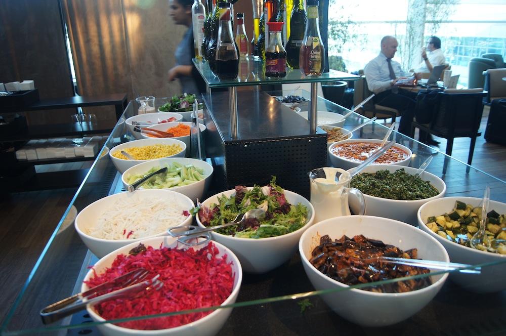 http://oliverckhaas.com/tripreports/2012_tkmini/lounge/11.JPG