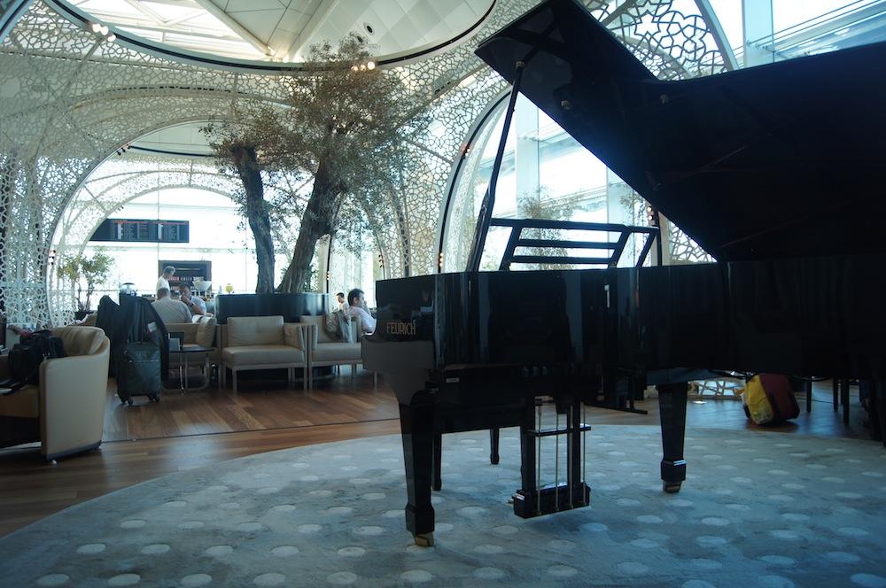 http://oliverckhaas.com/tripreports/2012_tkmini/lounge/16.JPG